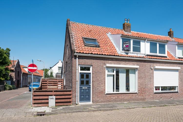 Pieter Biggestraat 22, Ooltgensplaat