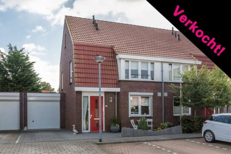 Beneden Oostdijk 66, Den Bommel