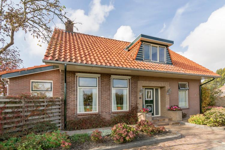 Langeweg 129, Sommelsdijk