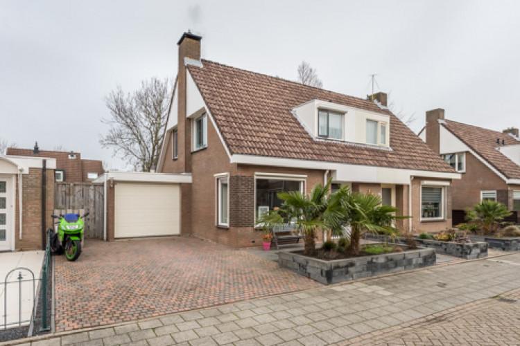 Meerkoet 16, Sommelsdijk