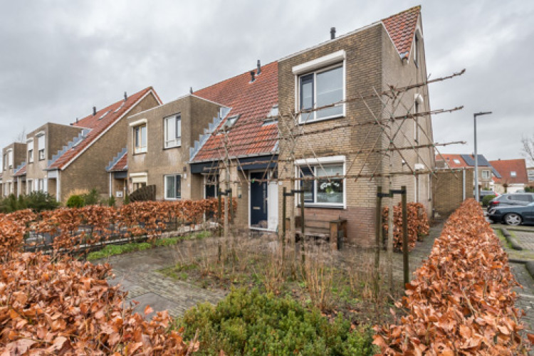 Halsjuk 13, Sommelsdijk