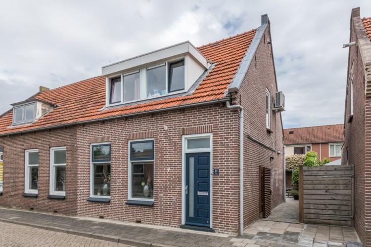 Pieter Biggestraat 14, Ooltgensplaat