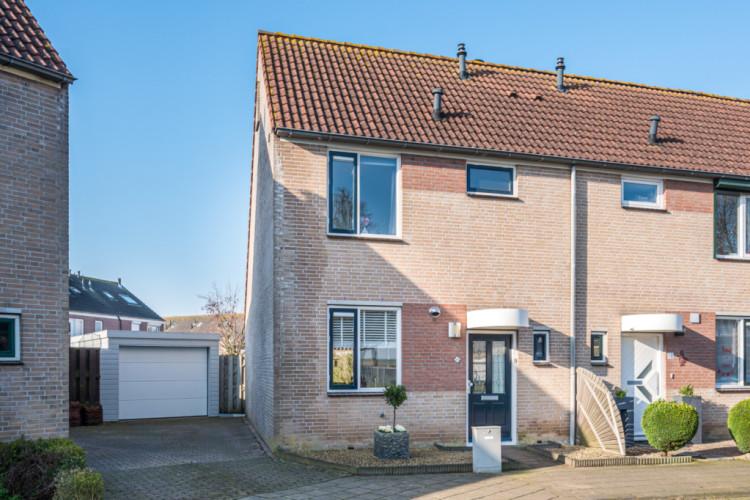 Mauritshof 18, Den Bommel