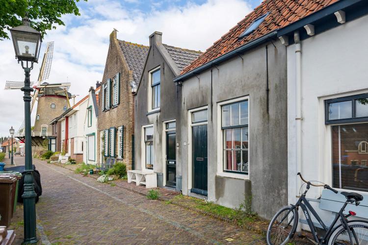 Westdijk 21, Sommelsdijk