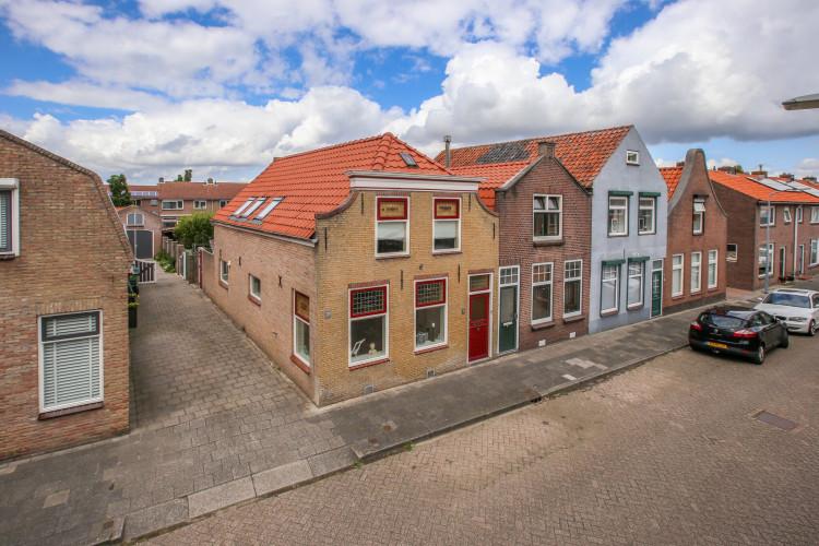 Nieuwstraat 31, Oude-Tonge
