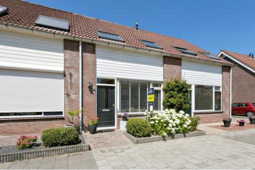 Prins Bernhardstraat 8 Nieuwe-Tonge