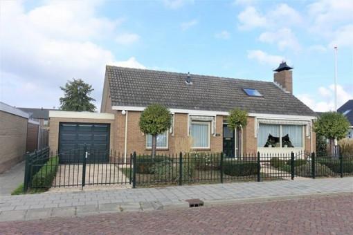 Oranjestraat 10 Den Bommel