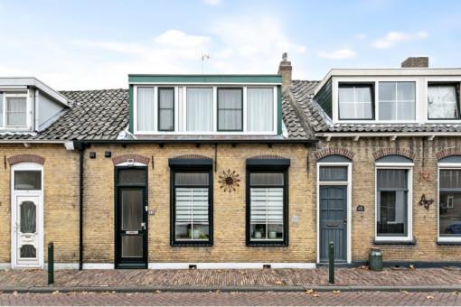 Weeshuisstraat 15 Sommelsdijk