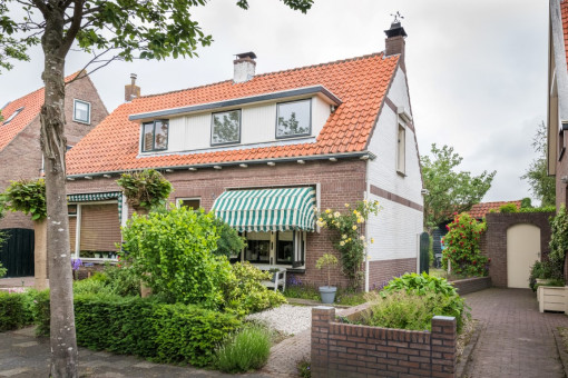 Beatrixlaan 3 Dirksland