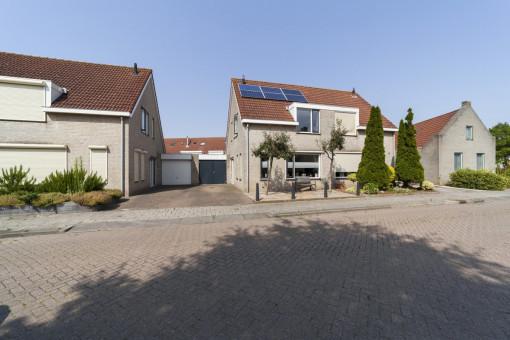 Bernhardstraat 52 Oude-Tonge
