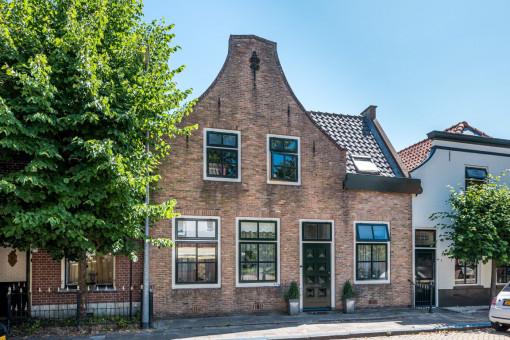 Voorstraat 10 Dirksland