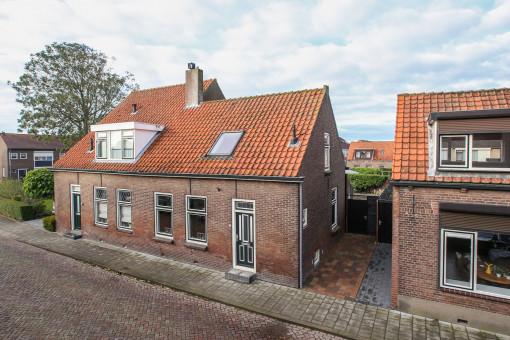 Ds. C.W. van de Poelstraat 16 Den Bommel